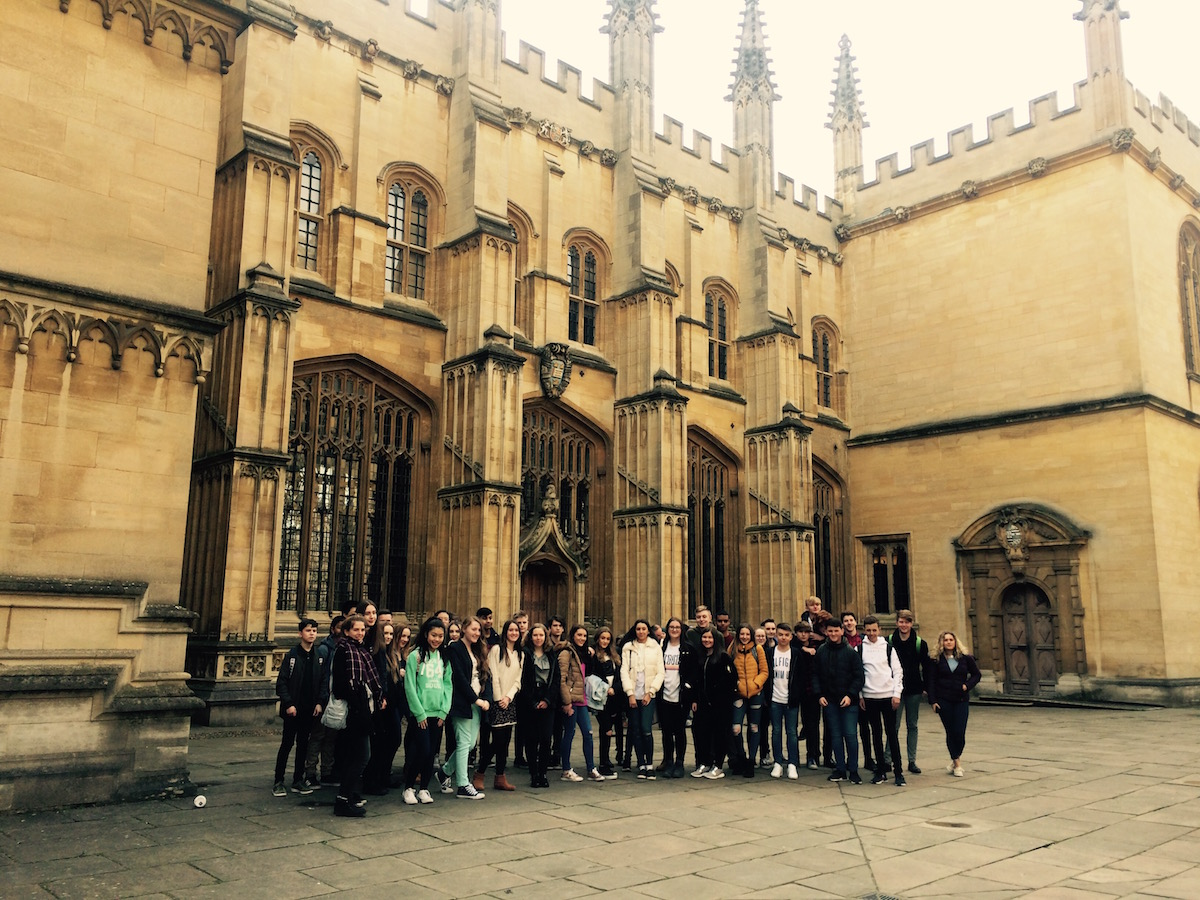Year 10 Students at Oxford University
